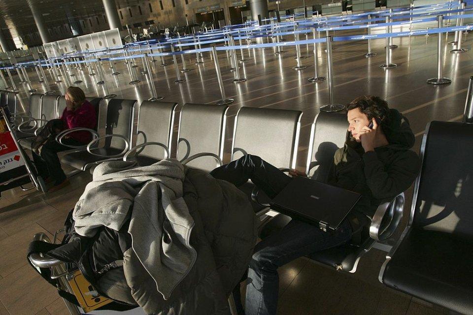 В аеропорту Тель-Авіву теж не людно
