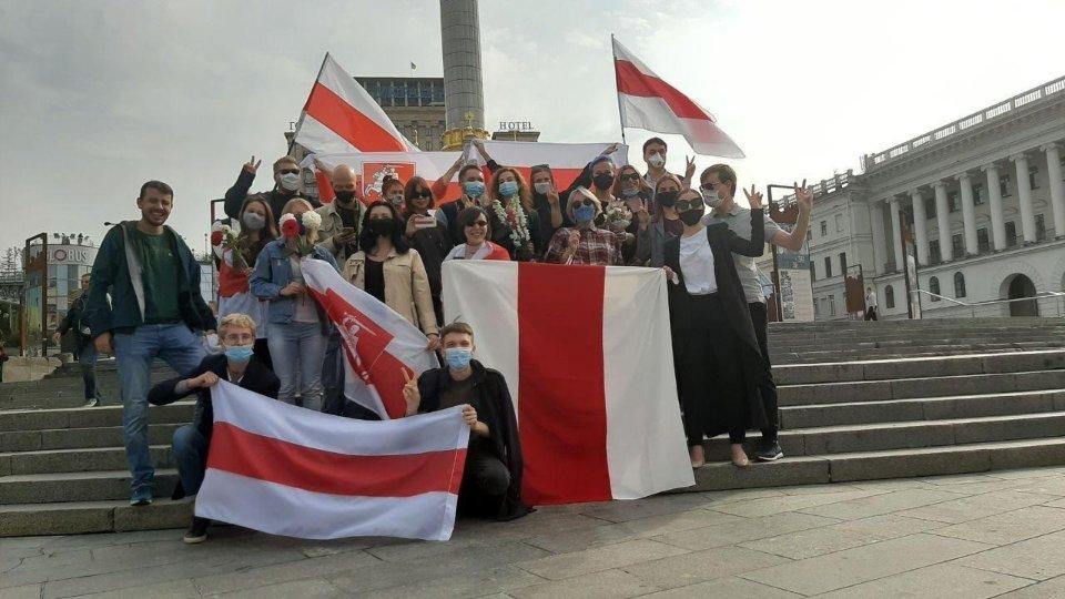 Акція солідарності в Україні / Telegram-канал Girl Power Belarus