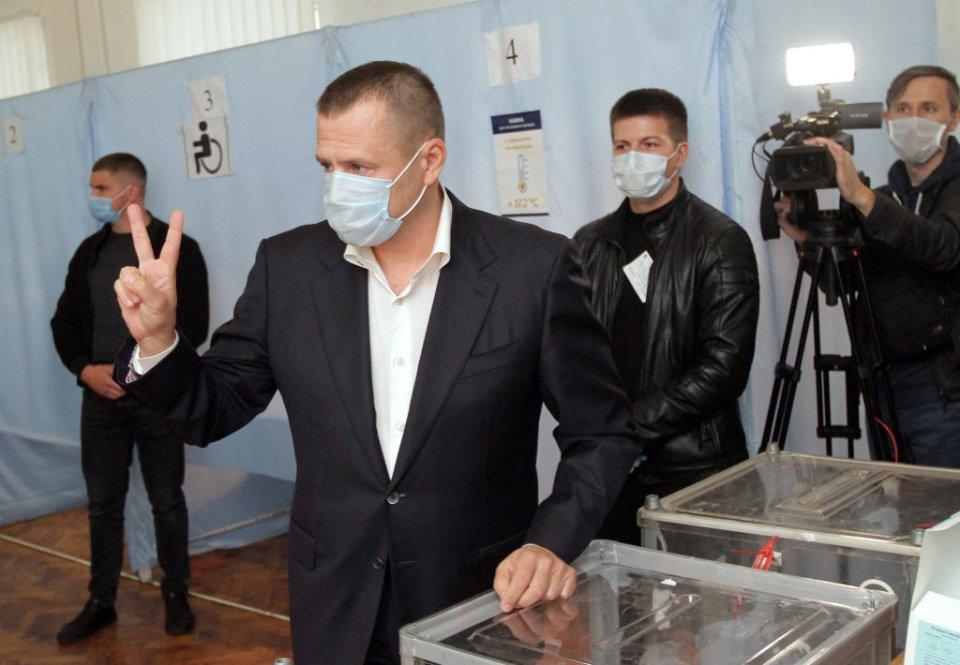 Корупційні скандали не завадили Борису Філатову стати у Дніпрі лідером