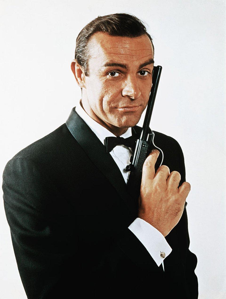 1962 році актор зіграв британського агента Джеймса Бонда у першому фільмі «бондіани» / Getty Images