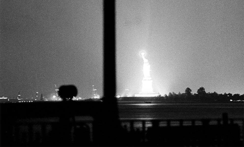 Статуя Свободы в ночь с 13 на 14 июля 1977 года