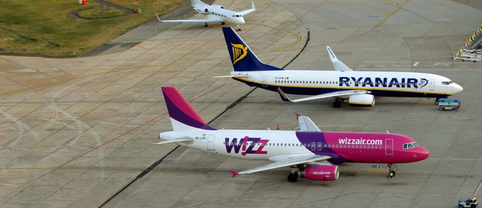 Самолеты Ryanair и WizzAir