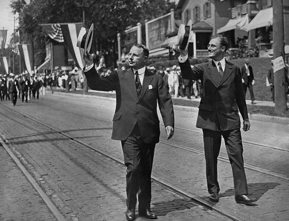 Джеймс Кокс та Франклін Рузвельт на передвиборчому параді демократів в Дейтоні/GettyImages