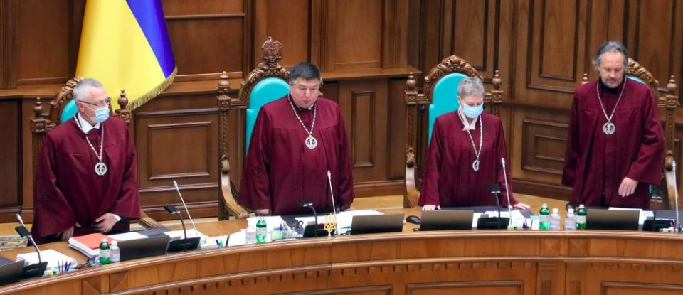 Суд розбрату. Як боротьба з корупцією стала заручницею азартних ігор та земельної реформи