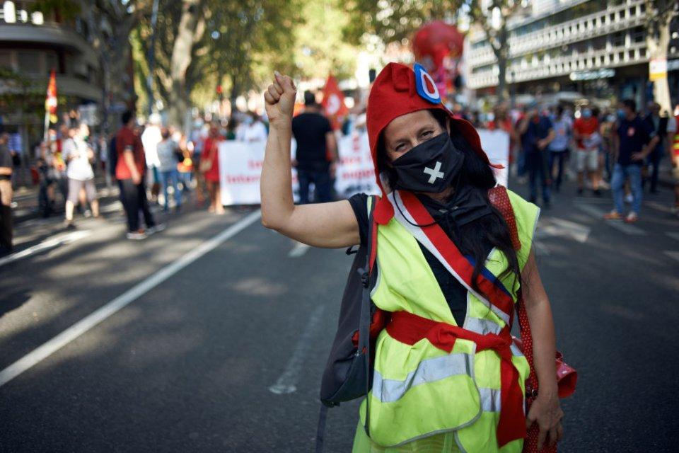 Протести «жовтих жилетів» у 2018-му стали першим масовим проявом невдоволення соціальною політикою Макрона / Getty images