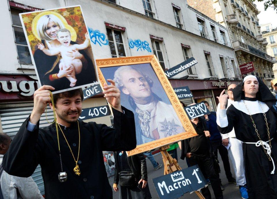 Протестувальники порівнювали Макрона з королем Людовиком XVI / Getty Images