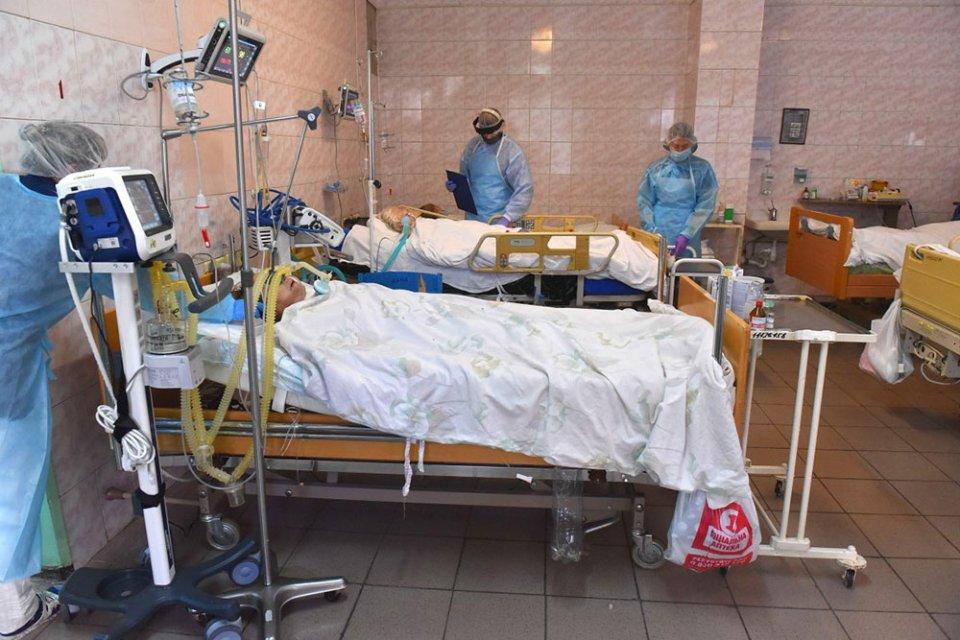 Колапс медичної системи викликаний не перевантаженням стаціонарів, а браком співробітників / УНІАН