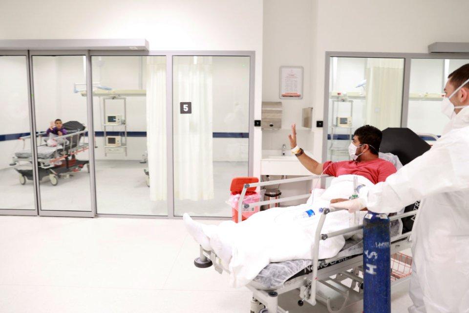 Умови роботи у шведських лікарнях набагато кращі, ніж в Україні. Але, все одно, медперсонал не витримує / Getty images