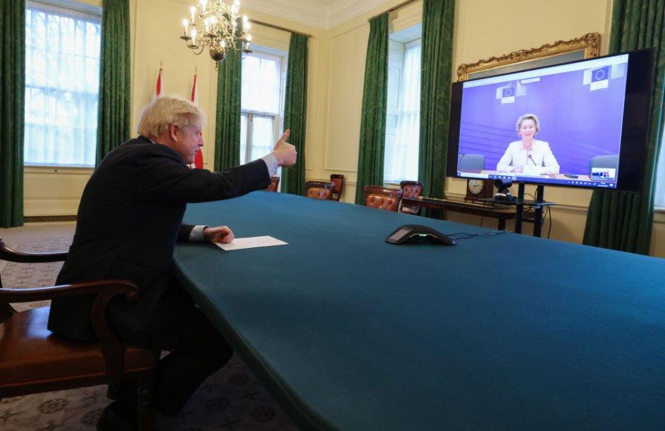 Джонсон намагався до останнього затягнути переговори з ЄС / Getty images