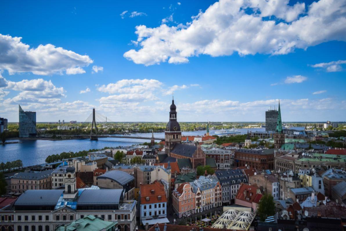 Латвія змінила правила в'їзду для українців через кількість хворих на COVID-19