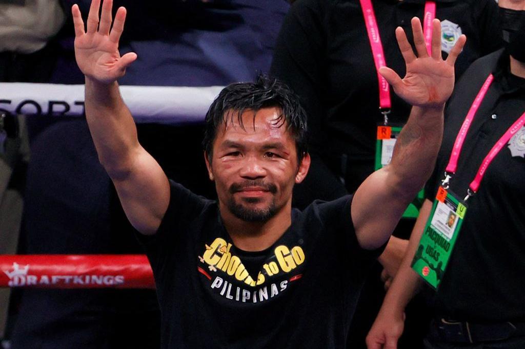 «Настав час країні піднятися з бідності». На Філіппінах в президенти балотується боксер